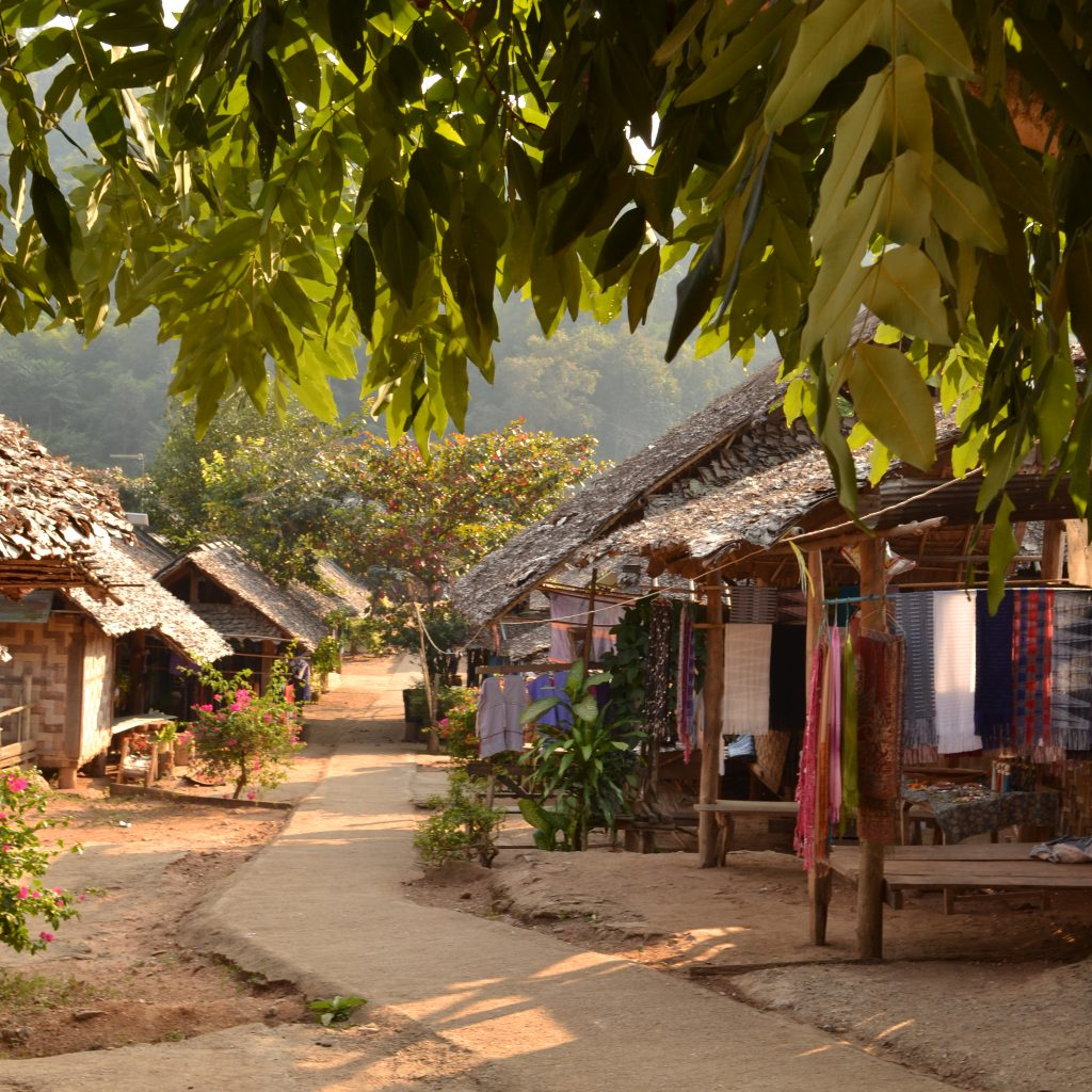 The Village Huay Pu Keng Consists Of A Long Street, Scattered With Shops And The Owner's Houses Behind Them. A Side Street Leads To A Large Field, Where Mainly Kayan Kids And Men Play Sports. Approximately 600 International Tourists Per Month (there Is No Record Of Thai Tourists, Since They Don't Have To Pay The Entrance Fee) Visit Huay Pu Keng In High Season (which Lasts For Three Months) And 200 In Low Season. It Can Only Be Reached By Boat, Therefore It Is Less Visited Than Huay Sua Thao. The Inhabitants Were Very Hospitable And It Was A Great Pleasure To Notice That People Started To Recognize Us, The Longer We Stayed In The Village. We Have Spoken Many Kayan Women And Men, Tourists And Even The Village Chief About How They Would Feel About Community-based Tourism. Almost Everyone Was Enthusiastic About The Idea And The Village Chief Even Said That Originally The Kayan Villages Were Supposed To Be Based On This Principle.   Photo By: Joney Habraken